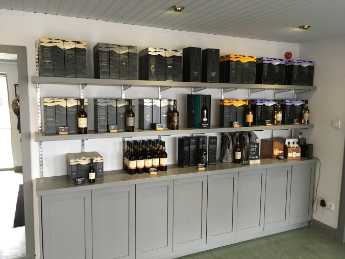 Besucherzentrum von Caol Ila Single Malt Scotch Whisky Destillerie Brennerei auf Islay im Westen Schottlands